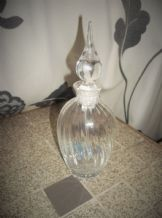 VINTAGE ELEGANT CRYSTAL SWIRLED GLASS PERFUME BOTTLE & LONG DROPPER POINT TIP
